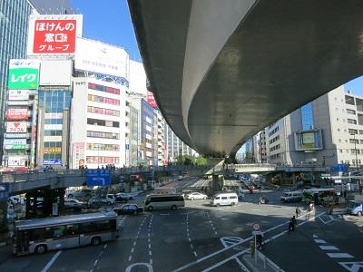 2013-11-30-8澁谷駅東口前-10%.jpg
